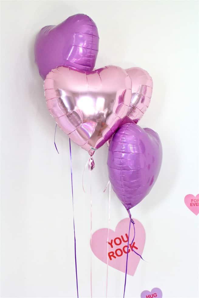 DIY Galentine's Day Brunch Balloons