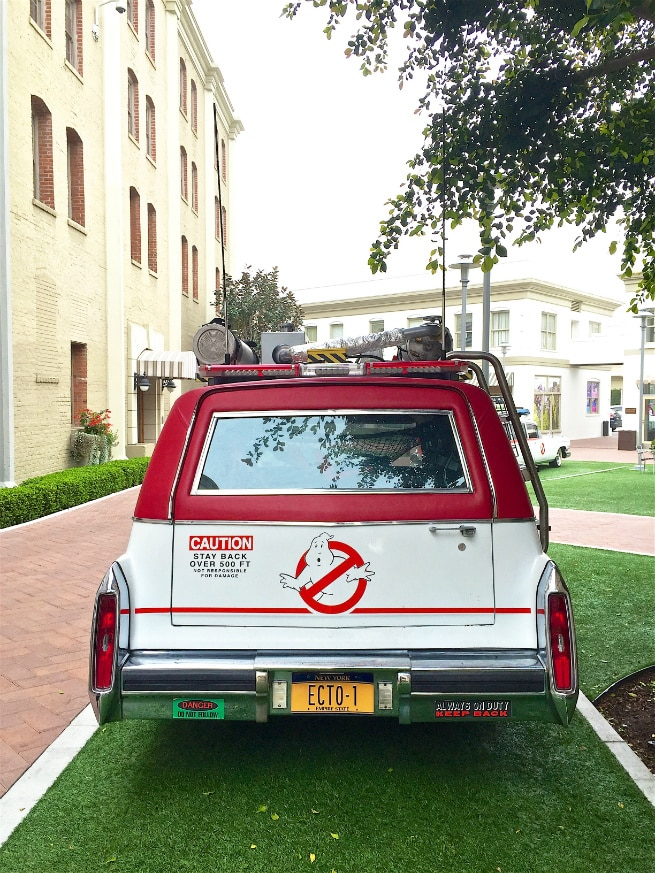 Back New Ecto 1 Ghostbusters