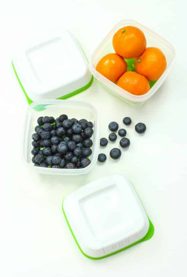 Rubbermaid Freshworks Produce Saver Small