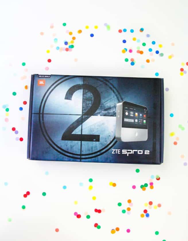 ZTE SPRO2 portable smart projector box