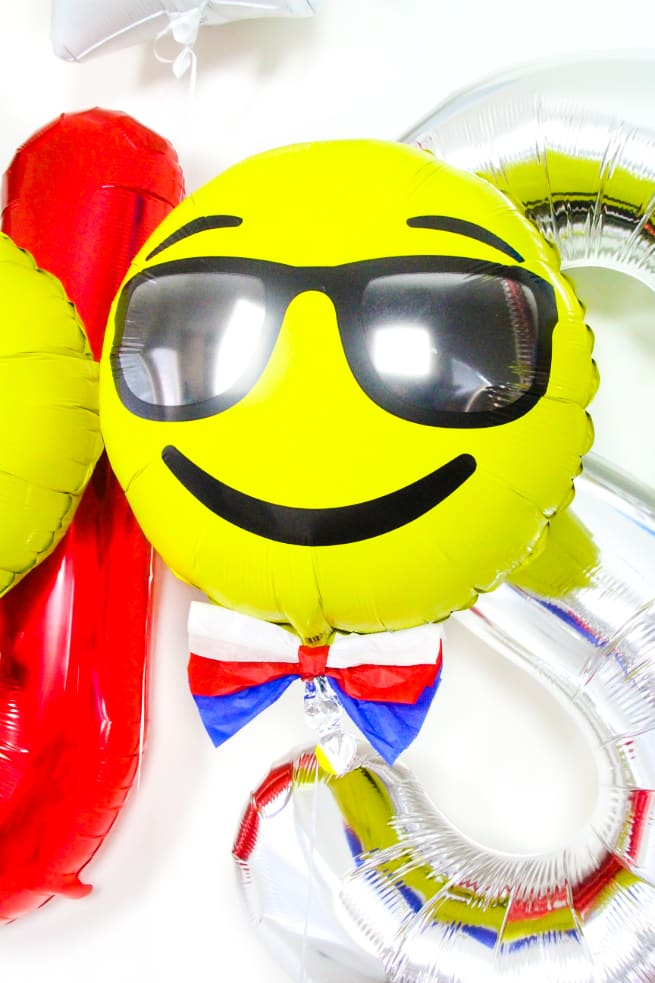 DIY Independence Day Emoji Balloons-5