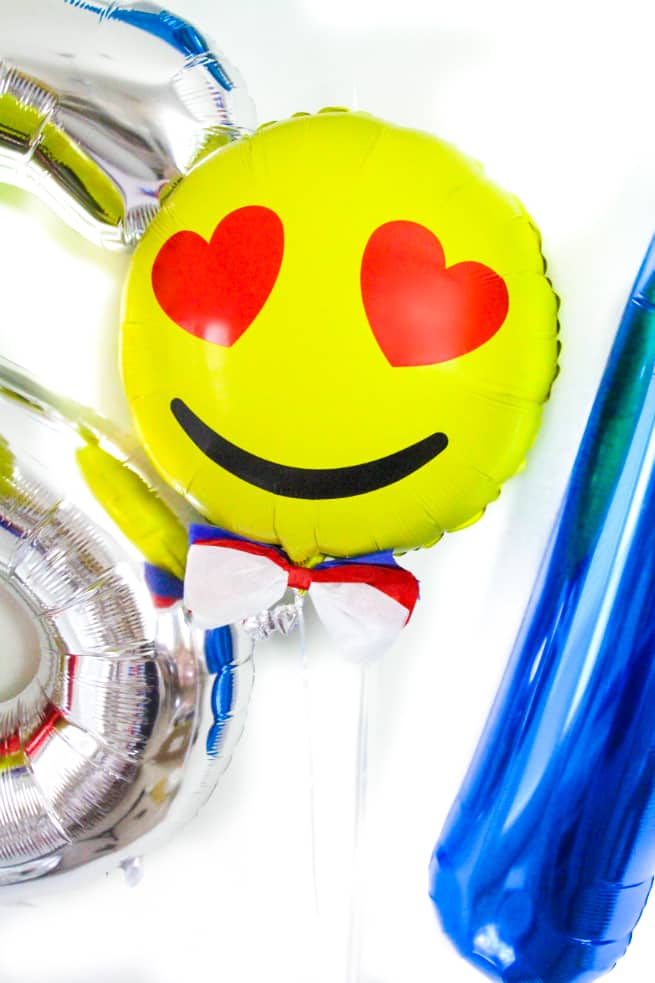 DIY Independence Day Emoji Balloons-6