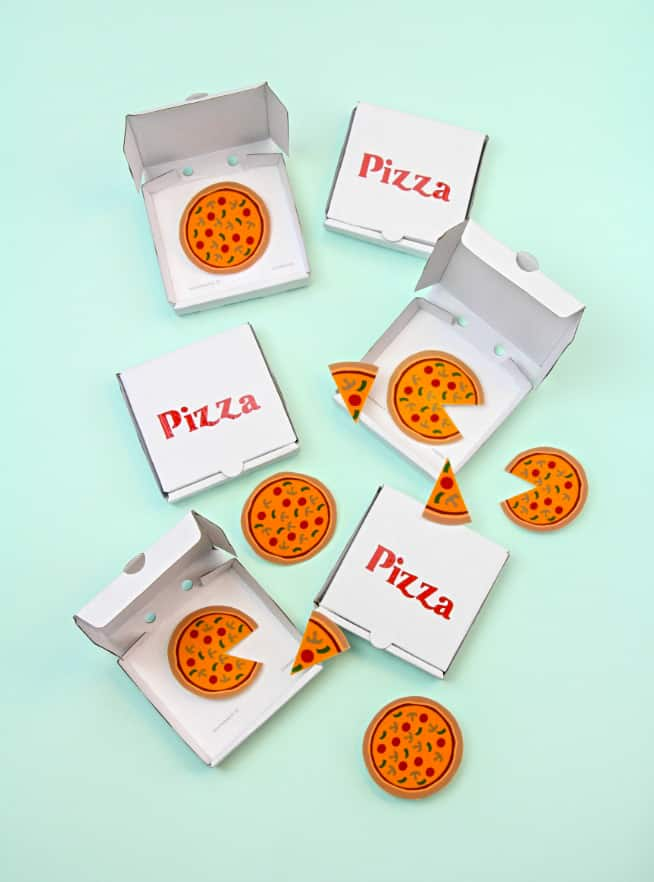 DIY Pizza Brooches, Slice Pins and Mini Pizza Boxes