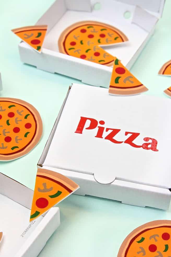 DIY Pizza Slice Pins & Mini Pizza Boxes