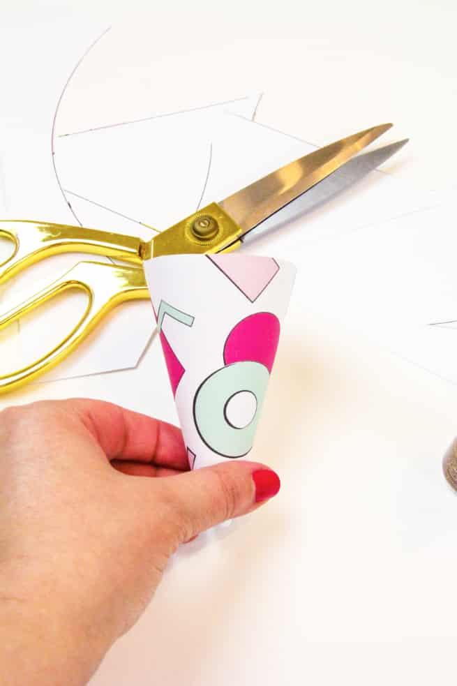 90's Retro Print Ice Cream Cone Wrappers Step 2