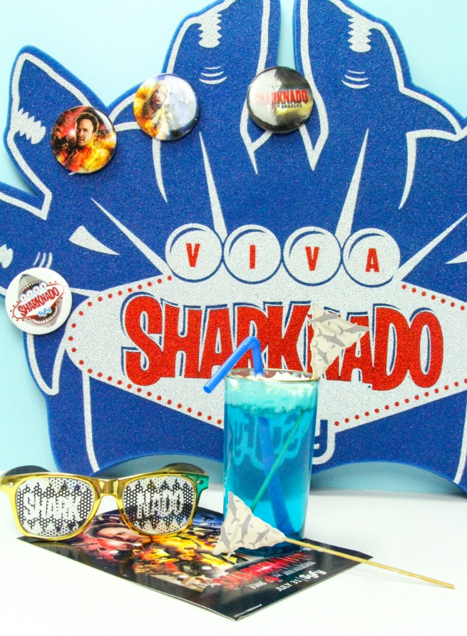 DIY Sharknado Drink Stirrers & Sharktistic Drink