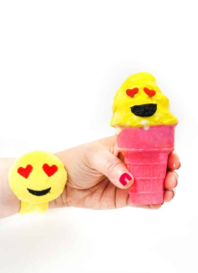 emoji-ice cream cone