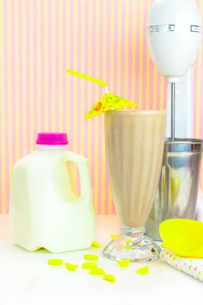 Milk and Milk Shake 1