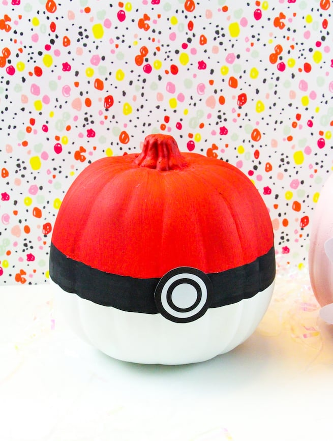 diy-pokeball-halloween-pumpkins
