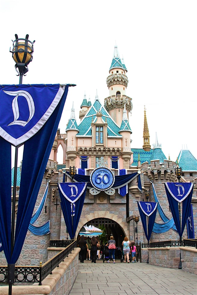 Diamond Celebration Disneyland 2