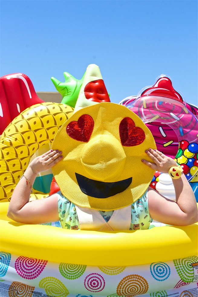 Emoji Sun Hat DIY