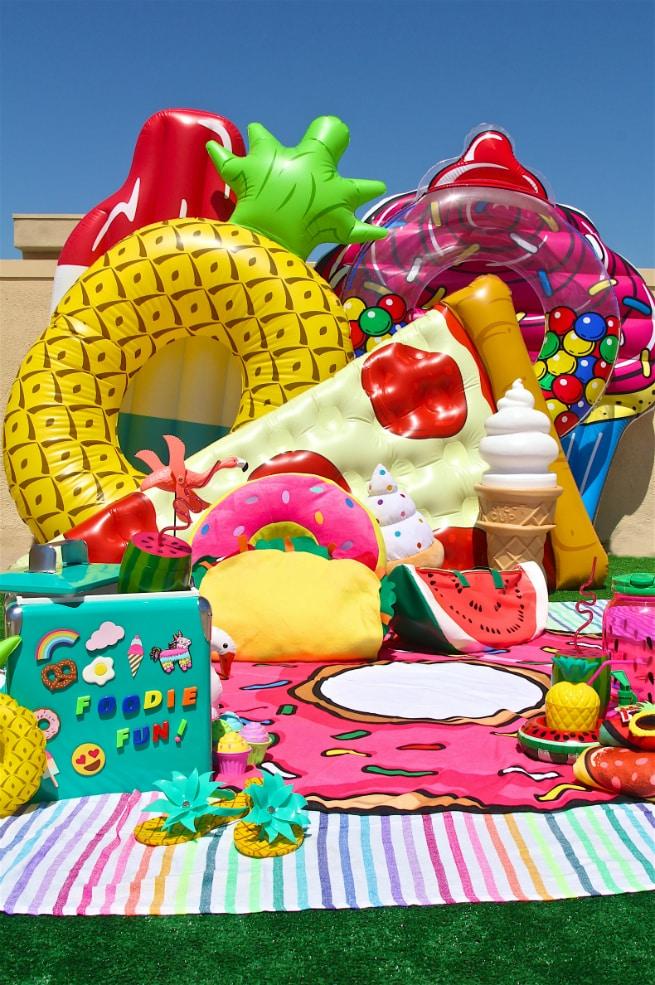 Throw End Summer Foodie Pool Float Party Amp Diy Emoji