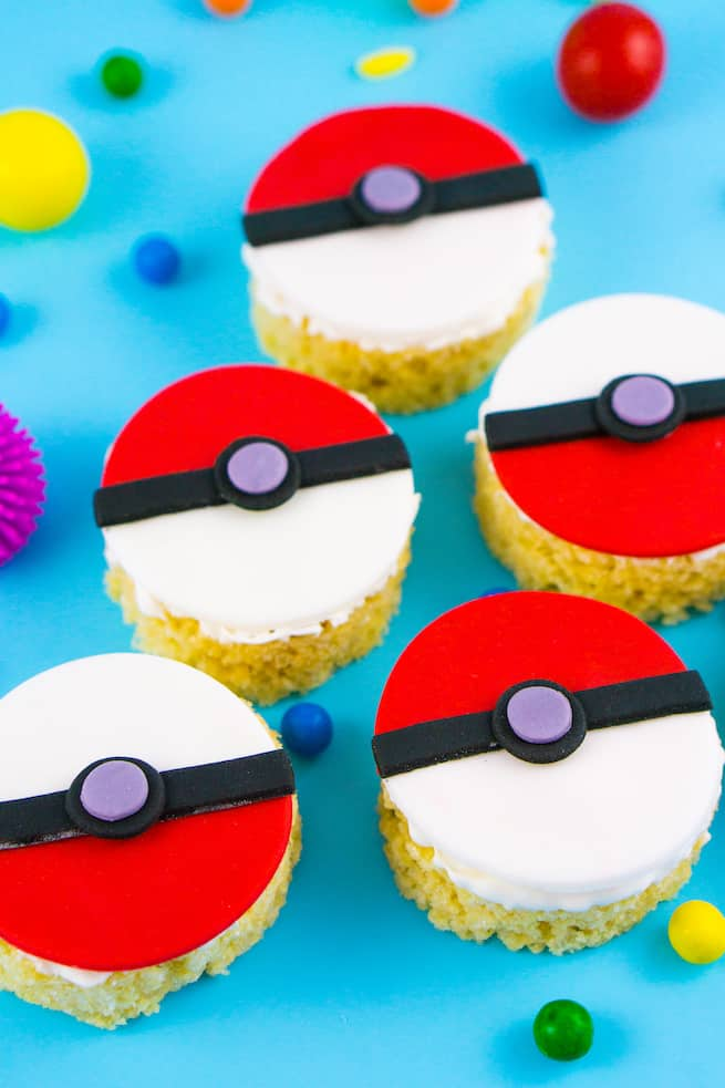 pokeball-rice-krispy-treats-1