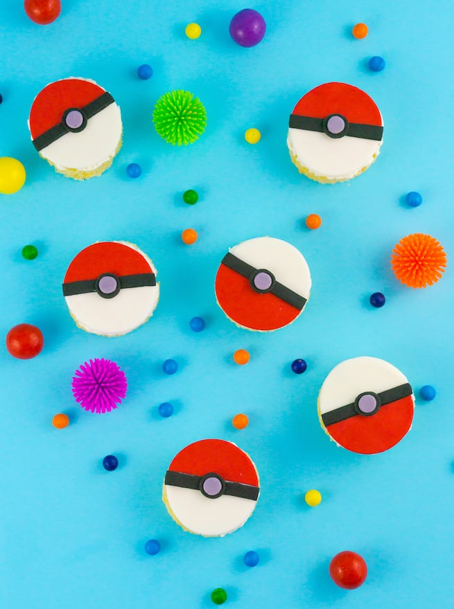 pokeball-rice-krispy-treats-recipe-main