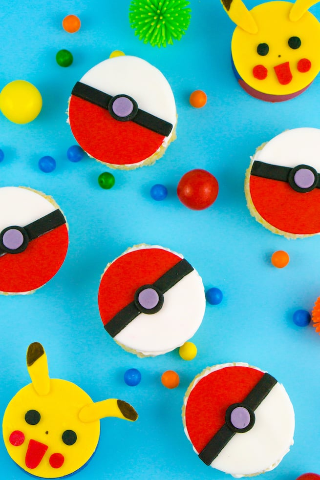 pokemon-and-pokeball-rice-krispy-treats