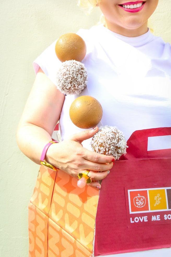 diy-dunkin-donuts-munchkin-costume