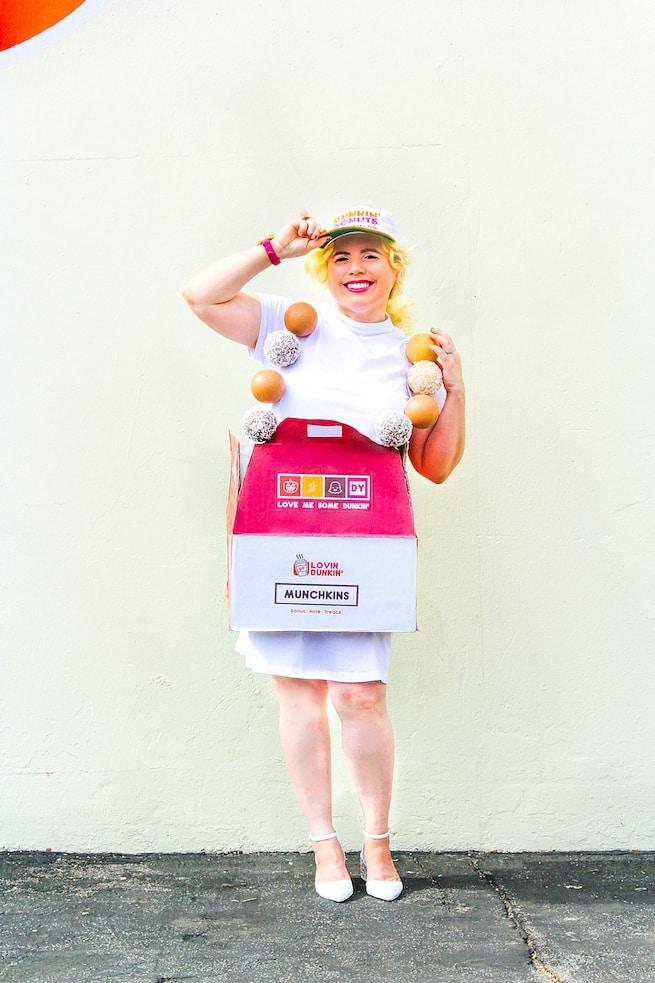 diy-dunkin-donuts-munchkin-inspired-costume