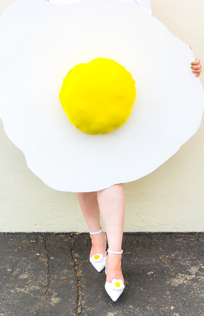 diy-fried-egg-costume-shoes