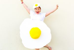 Last Minute DIY Fried Egg Costume!