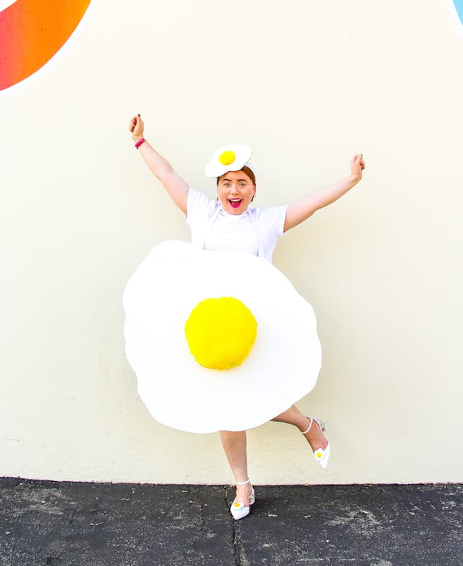 easy-diy-fried-egg-costume
