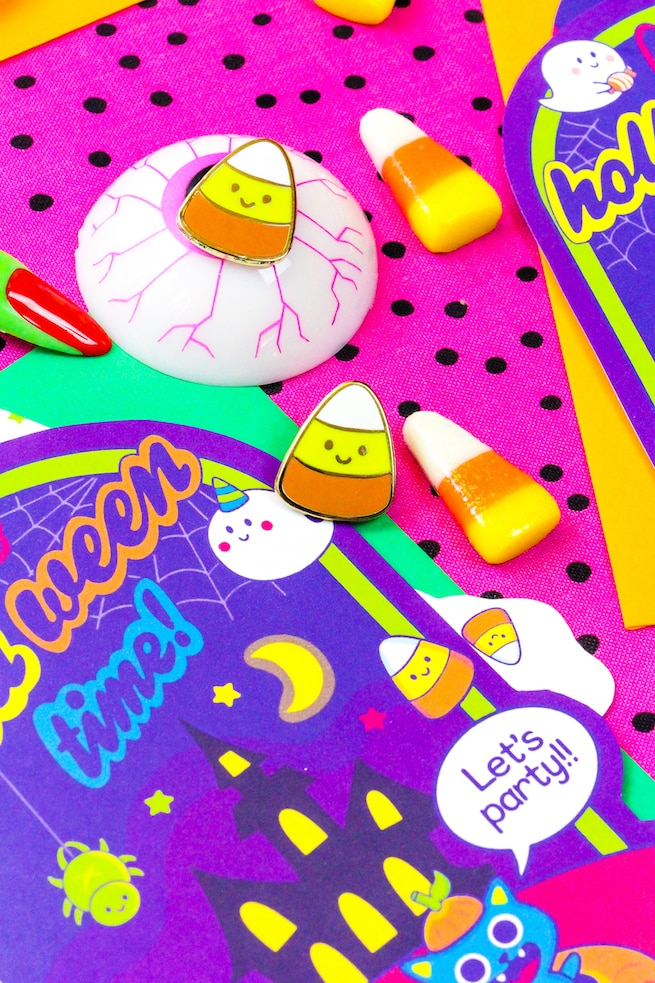 free-printable-90s-throwback-halloween-party-invites-and-candy-corn-pins