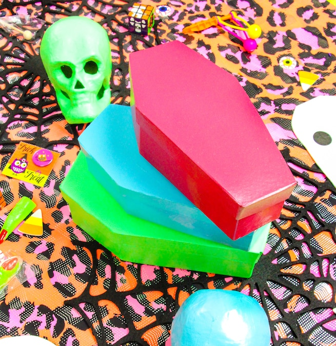 diy-halloween-coffin-containers