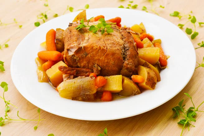crock-pot-slow-cooker-pork-roast-and-veggies-recipe-2