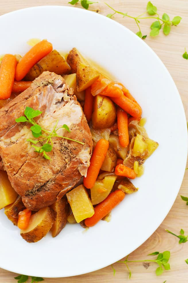 crock-pot-slow-cooker-pork-roast-and-veggies-recipe