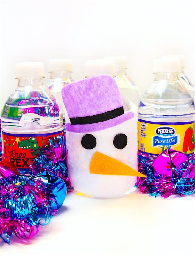 diy-snowman-mini-water-bottle-sleeve