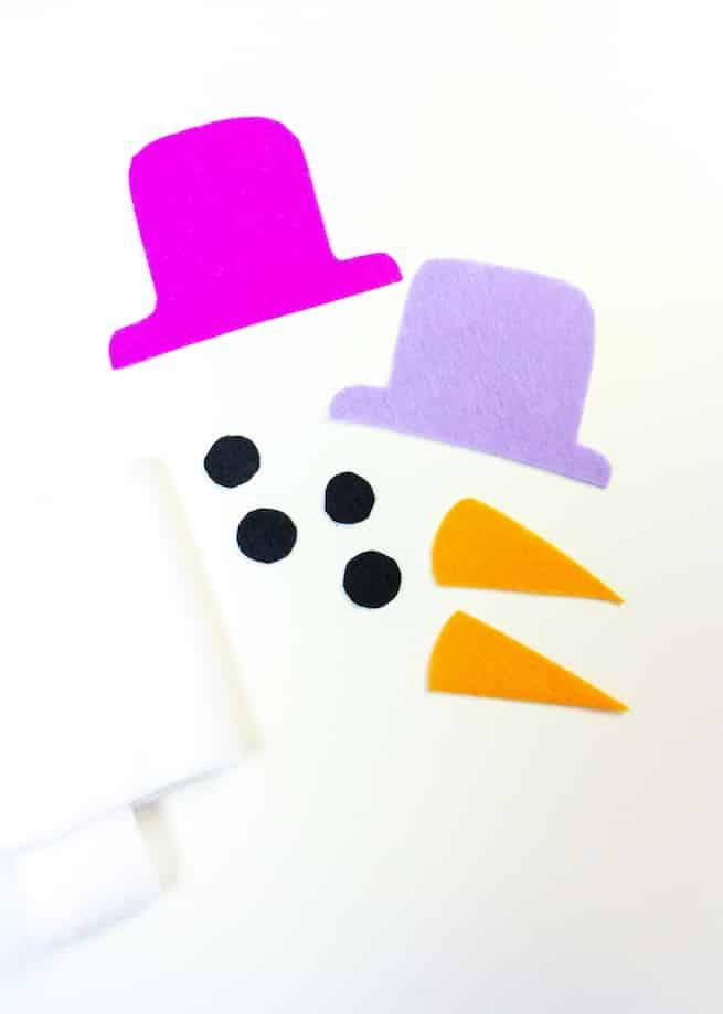 diy-snowman-mini-water-bottle-sleeves-step-2