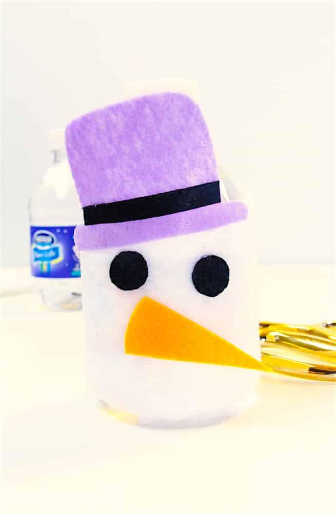 diy-snowman-mini-water-bottle-sleeves-step-5