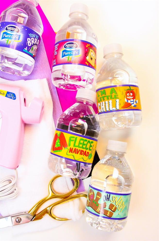 diy-snowman-mini-water-bottle-sleeves-water-bootles-2