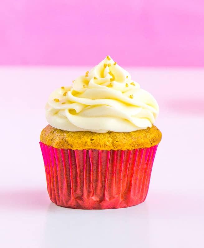 thanksgiving-glam-pumpkin-spice-cupcakes-step-3