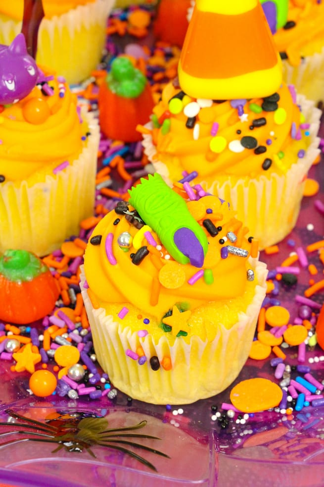 lisa-frank-inspired-halloween-party-mini-cupcakes