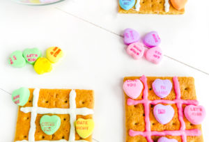 Yummy Valentine's Day Candy Tic-Tack-Toe!
