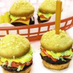 DIY Mini Cake Cheeseburgers!