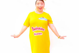 DIY Twinkies Queen Halloween Costume!