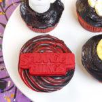 DIY Stranger Things Surprise Cupcakes!