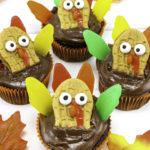 Easy Candy Turkey Cupcakes!