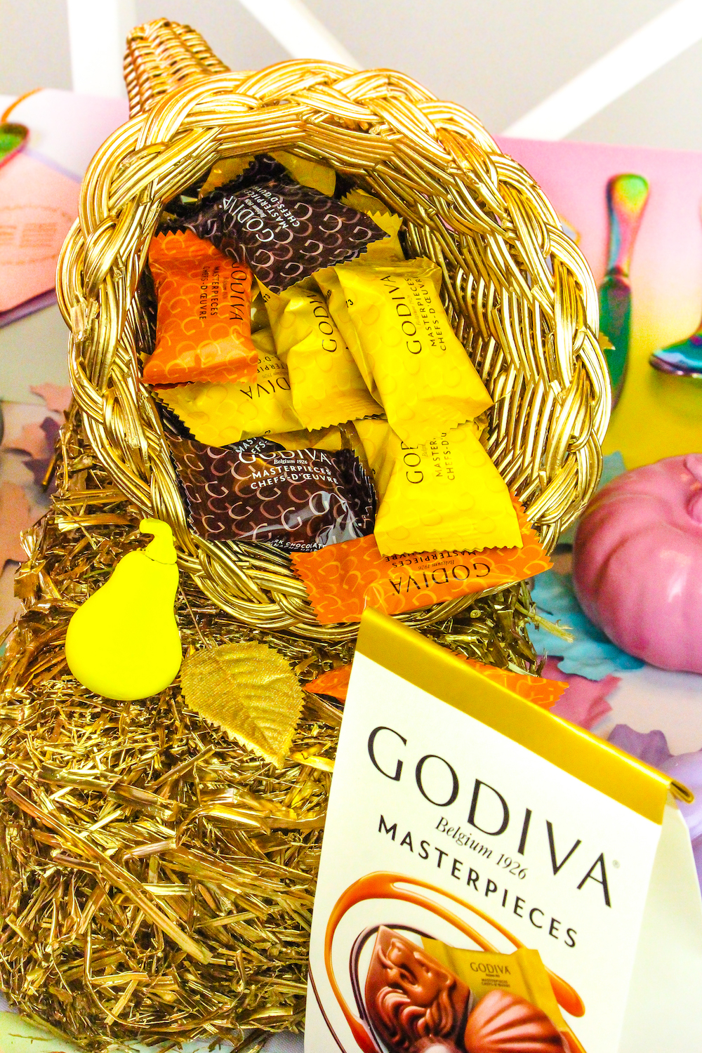 DIY Pie Slice Place Cards With GODIVA Masterpieces Chocolates ...