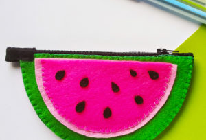 Easy DIY Summer Watermelon Purse!