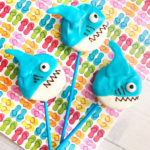 DIY Shark Week Great White Oreo Pops!