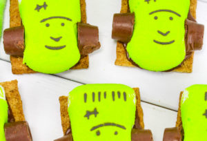 Easy Yummy Frankenstein S'mores!