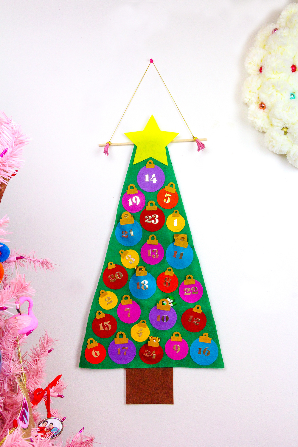Easy No Sew Felt Christmas Tree Advent Calendar! ⋆ Brite and Bubbly