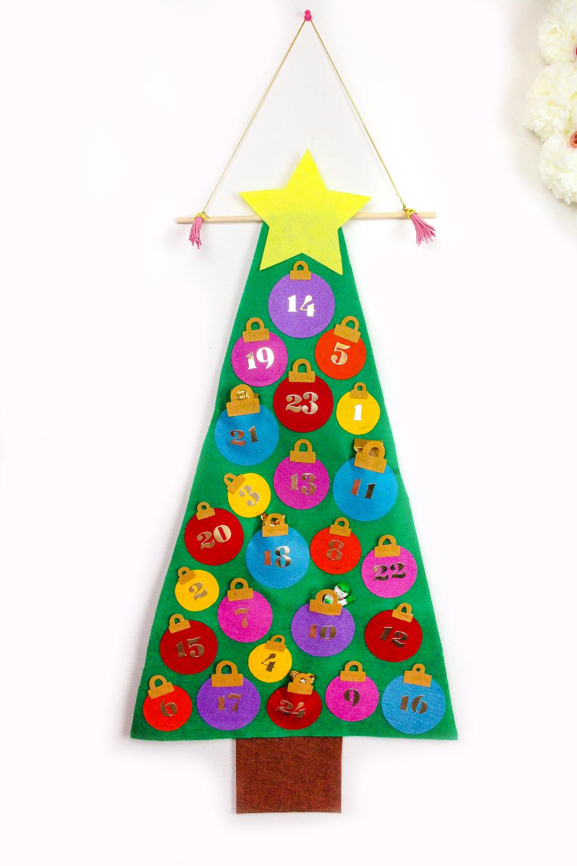 Easy No Sew Felt Christmas Tree Advent Calendar Brite And Bubbly