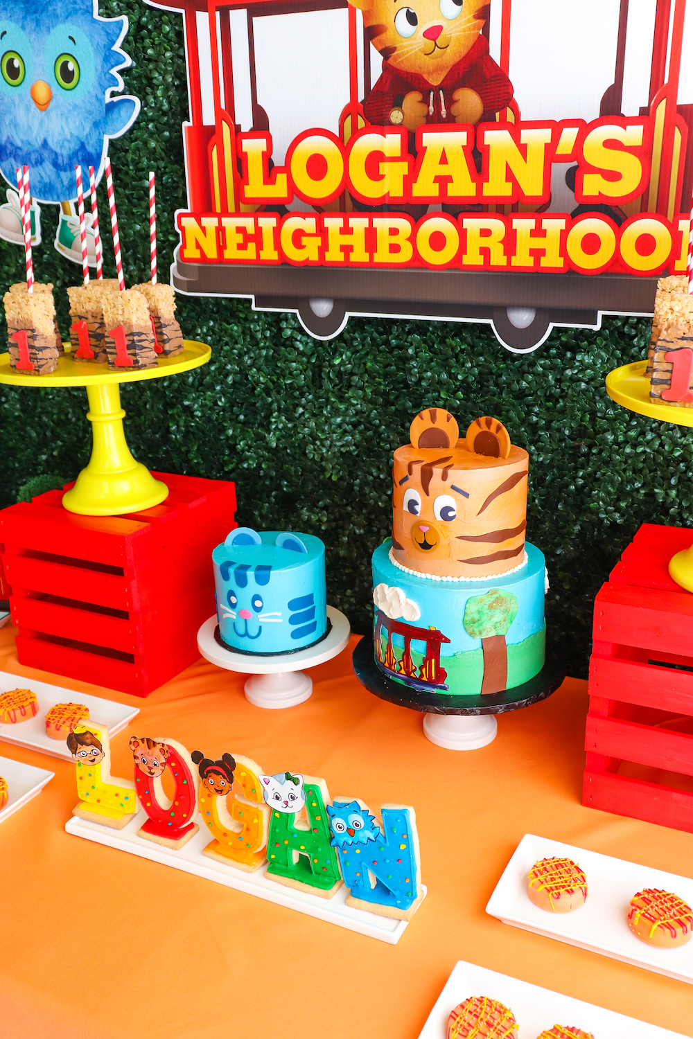 Fabulous Our Daniel Tiger 1St Birthday Party Brite And Bubbly Funny Birthday Cards Online Elaedamsfinfo