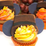 Easy Pilgrim Mickey Thanksgiving Cupcakes!