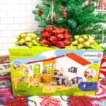 Holiday Gift Idea: Schleich Toys!