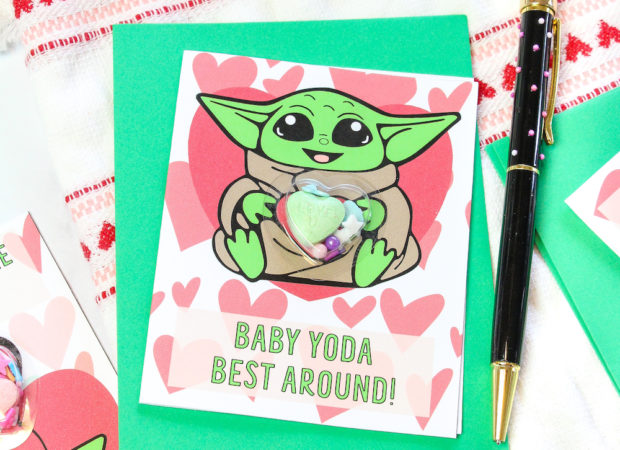 Finish DIY Photo of Baby Yoda Shaker Cards For Valentine's Day