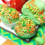 Make Saint Patrick's Day Hot Cocoa Bombs!